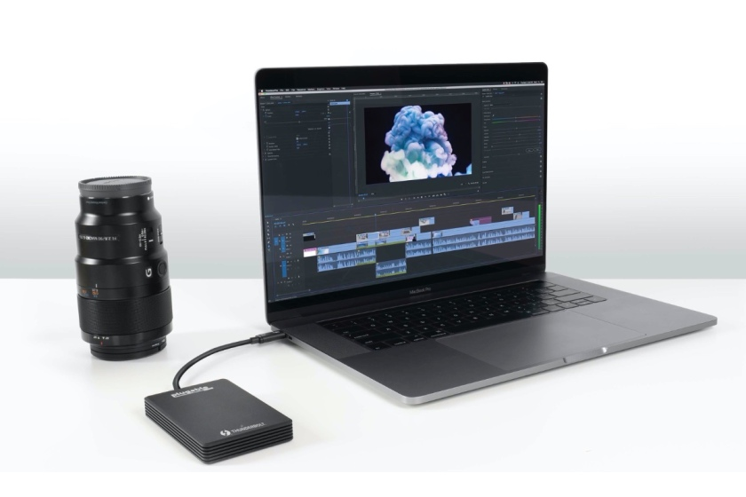 Plugable Thunderbolt 3 NVMe disk drive is extremely fast